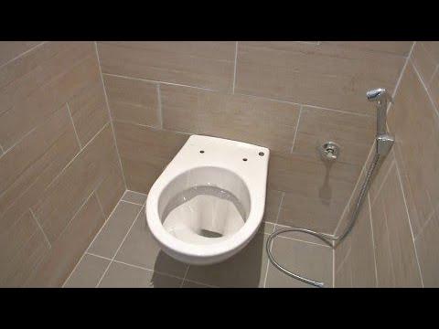 il recycle l eau de sa douche pour ses toilettes et son id e s duit l lys e youtube. Black Bedroom Furniture Sets. Home Design Ideas