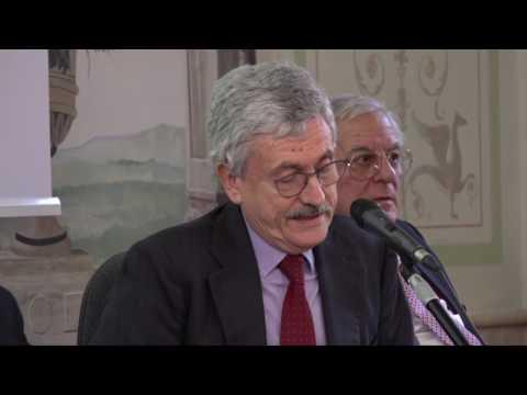 D'Alema: Lista creditori Mps segreta, mi vergogno