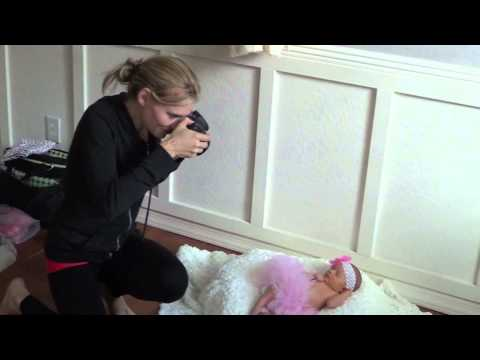 Behind the Scenes Photographing a Newborn Photo Shoot