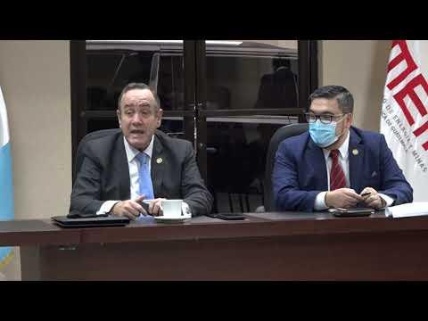 Presidente Alejandro Giammattei supervisa avances en el MEM