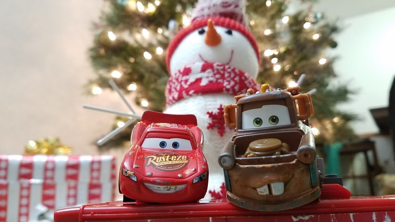 Disney Cars Christmas Decorations.Lightning Mcqueen And Mater Smelly Christmas Disney Pixar Cars 3 Skit