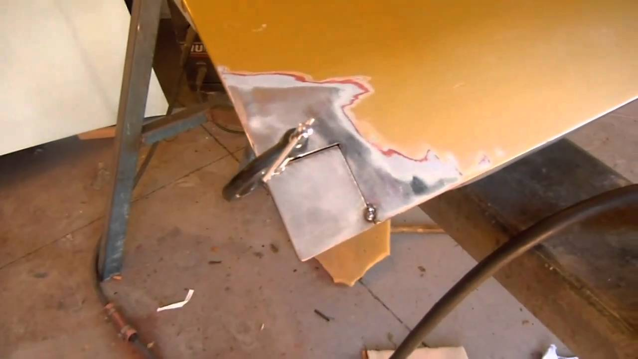 Hq holden restoration part 4 bit of rust repair 1 2 for Porte hq rust