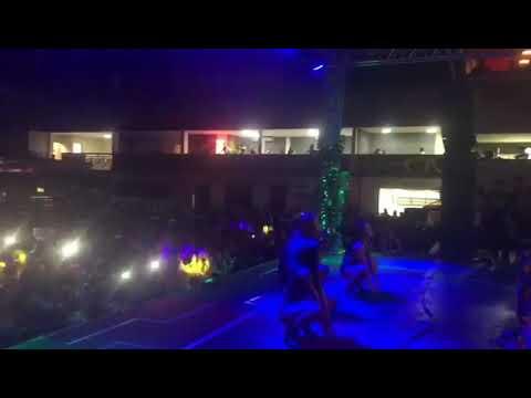 Entra Na Dança - Gabily   Acadêmicos da Grande Rio ( Festa Realeza)