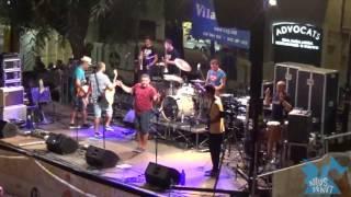 12. Mari Pau - Concert plaça de la Vila de Gràcia 2016