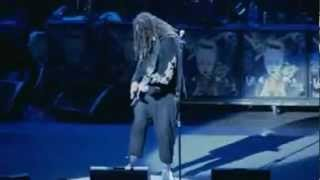 KoRn- Freak On a Leash  ( Live FeAt CoReY tAyLor )