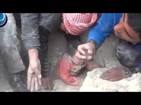 Đứa bé bị chôn từ cõi chết sống lại