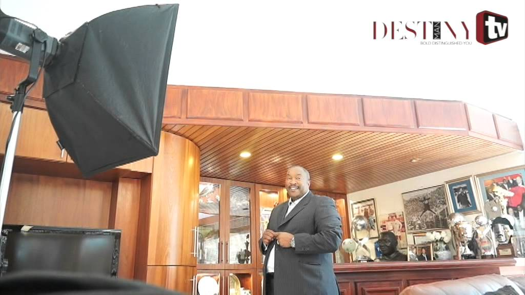 Behind-the-scenes: Jomo Sono