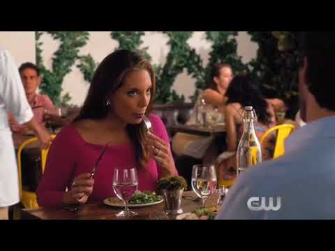 Alex Meneses on Jane the Virgin