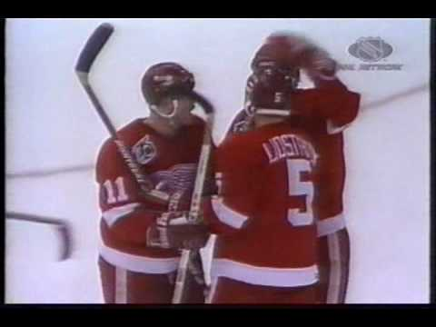Red Wings @ North Stars Game 3 1992