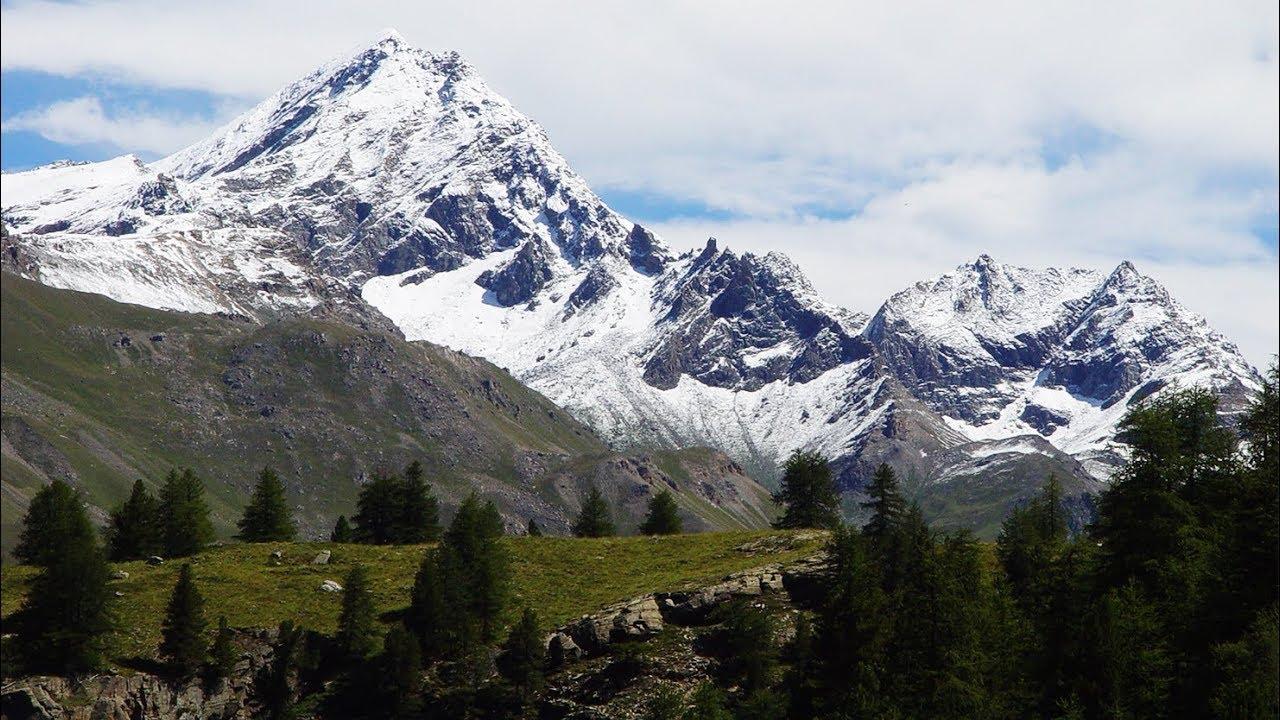 Paesaggi Montani Con Neve