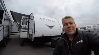 2017 outback ultra lite 278url rear living travel trailer only 5 700 pounds