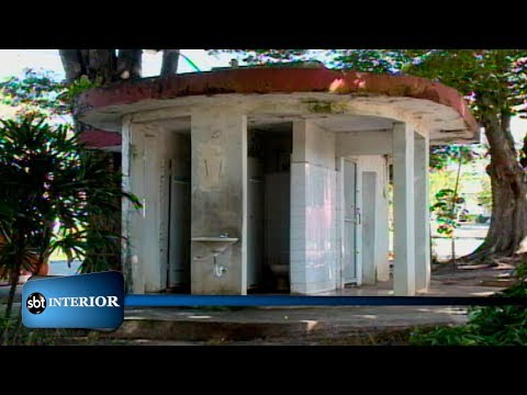 Banheiros públicos de Araçatuba estão abandonados