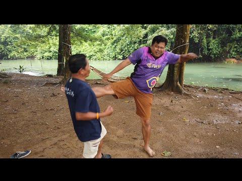เรียนเทคนิคมวยไทย ท่องเที่ยวชุมชนบ้านถ้ำเสือ แก่งกระจาน เพชรบุรี กับ ครองศักดิ์น้อย ศักดิ์เกษม