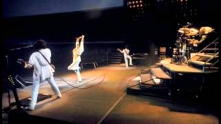 3. In The Lap Of The Gods...Revisited (Queen-Live In Cologne: 7/19/1986)