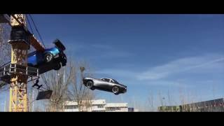 Fast & Furious 7 Dubai Fall Car racing clip