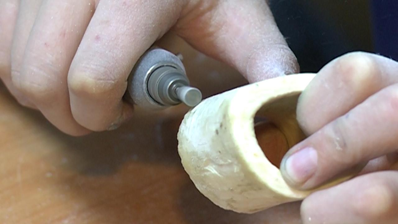 Выставка изделий из кости и камня - YouTube