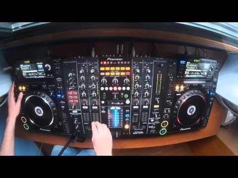 ELECTRO HOUSE & TRAP 2016 MIX - DJ CRISTIAN...