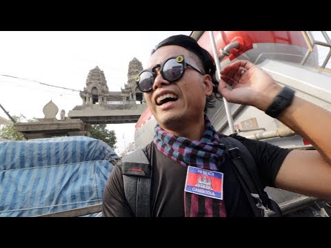 Crossing Into Cambodia Through Aranyaprathet Poipet Border