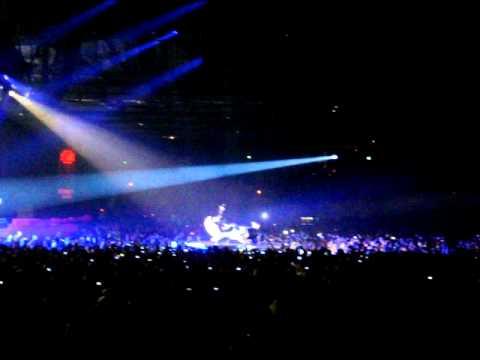 Rihanna - Rehab ft. Justin Timberlake - SECC Glasgow - (Last Girl On Earth Tour) 19.05.2010