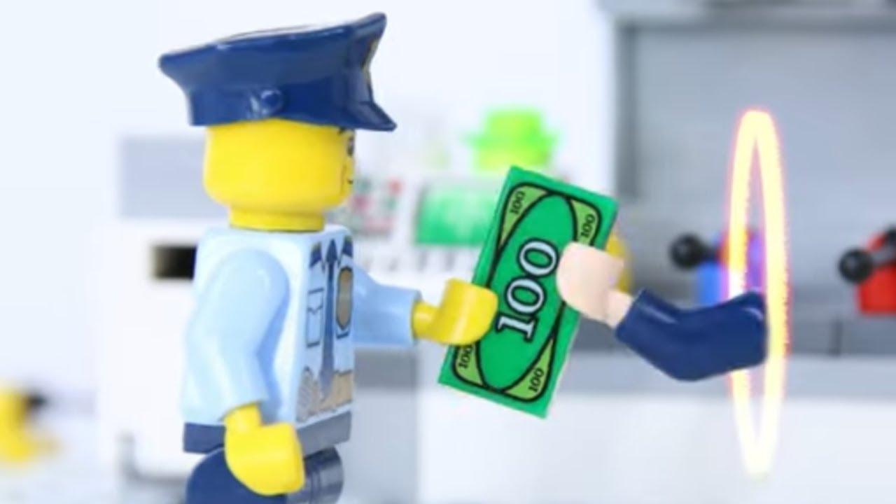 LEGO Experimental Minifigure Money Thief?   LEGO Police vs Dr Strange   Billy Bricks Compilations