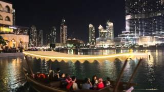Emirats Arabes Unis Dubai Tour Burj Khalifa de nuit / United Arab Emirates Dubai Burj Khalifa