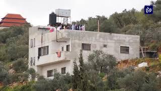 الاحتلال يصعد من إجراءاته القمعية بحق الحركة الأسيرة ويفرض عقوبات على ٧٤ أسيرا - (28-3-2019)