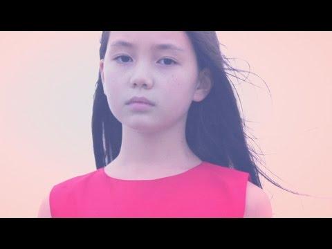 """赤色のグリッター """"愛の舌打ち"""" (Official Music Video)"""