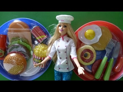 Đầu Bếp Barbie Làm Trứng Ốp La Khoai Tây Chiên / Barbie Chef Hamburger Breakfast Eggs