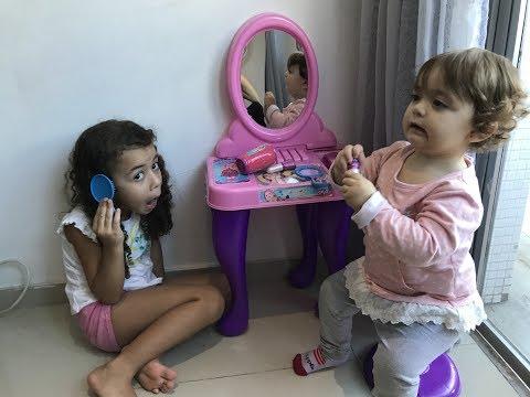 O salão de cabeleireiro da Alice e Sofia