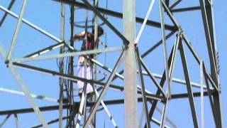 Girl climbs mobile tower for marriage in Sangrur, Punjab - Sholay revisited