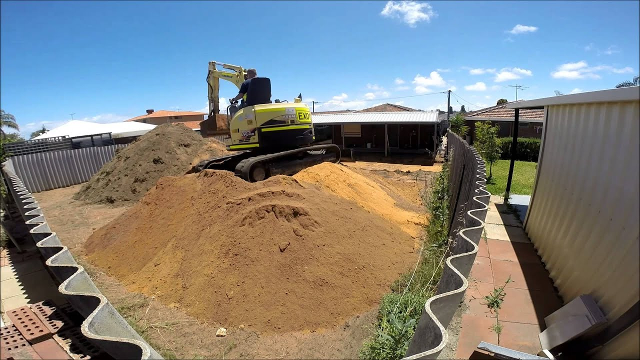 Backyard Levelling 2015 - YouTube