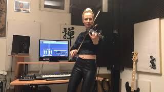 видео Скрипки и электроскрипки – Музыкальный дворик