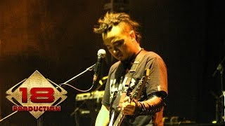 Gambar cover Seurieus - Sendiri Itu Indah  (Live Konser Balige Medan 13 Mei 2006)