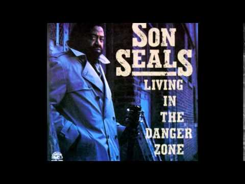 Son Seals ~  ''Funky Bitch'' & ''I Can't Hold Out'' Live 1978