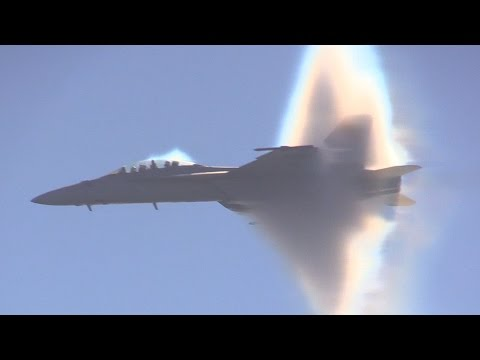 F/A-18F Super Hornet SPEED OF SOUND !!!