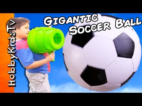 GIANT SOCCER Ball!  Surprises: AirZooka Air Blast + Sumo N StarWars Popcorn Cookies HobbyKidsTV