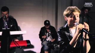 Isac Elliot live: New Way Home, First Kiss, Let