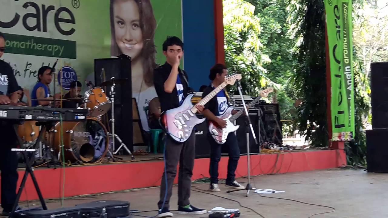 Dangdut koplo Curug sewu new Erlangga Lebaran 10 juli 2016 - YouTube