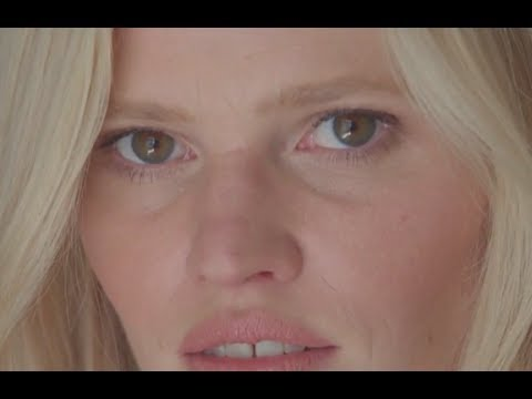 Lara Stone : her funniest Cannes Film Festival story  VOGUE PARIS