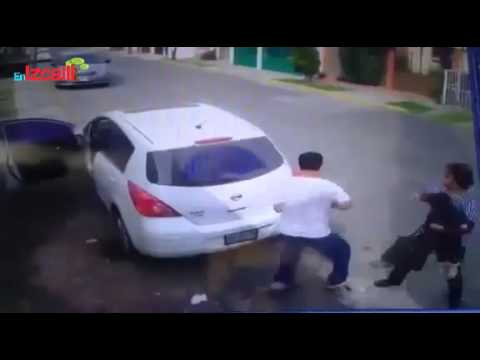 c0480058d291 Robo de auto en Cuautitlán Izcalli - YouTube