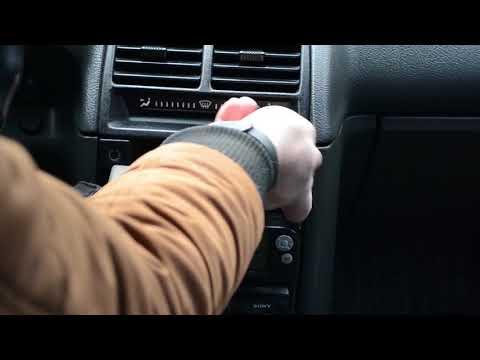 Как вытащить кнопку аварийки ваз 2110 видео