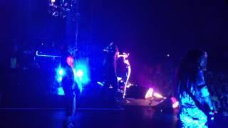 Korn - Twist/Chi (Side Stage View)