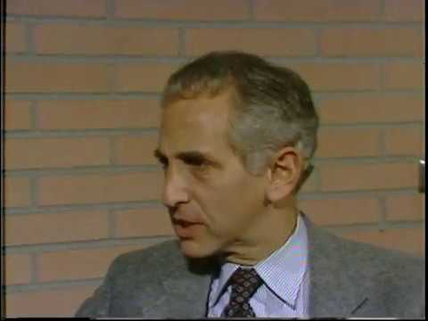 Daniel Ellsberg Talks about the Pentagon Papers and Vietnam