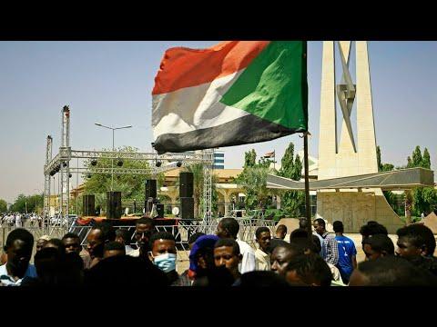 ...مطالب بالتهدئة في السودان وسط دعوات أنصار الحكم المد  - نشر قبل 4 ساعة