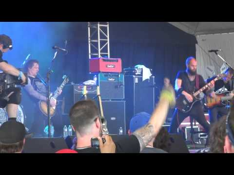 baroness---the-sweetest-curse---live-at-bonnaroo-2013,-this-tent,-manchester,-tn-6/16/13