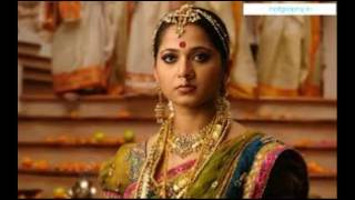 Anushka Shetty Hot Looking Photos Collections Part 2