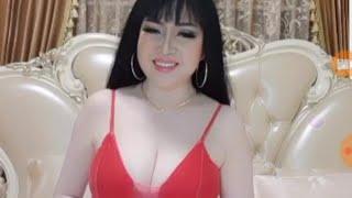 Khmer beautiful girl shows her breast and clear skin - Bigo Live