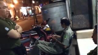 Video Biển quảng cao BÚN BÒ độc đáo nhất Sài Gòn bị tịch thu