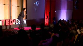 Move the dog and change the world | Erwin Andia | TEDxCESA