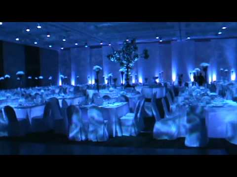 Iluminacion salon casa de piedra 3 mpg youtube - Salon de piedra ...